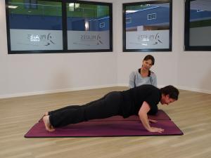 30 tage pilates challenge erfahrungen kerstin bredehorn training übungen Test